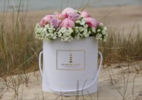 Kibiras su gėlėmis