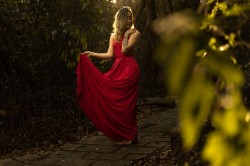 Suknelės moterims